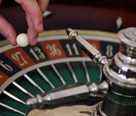Правила для операторів грального бізнесу: КРАІЛ вимагає обмежити бонуси, зняти ліміти та виявляти лудоманів